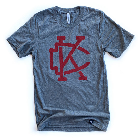 FLINT AND FIELD | KANSAS CITY – ARROWHEAD TEE (GREY)