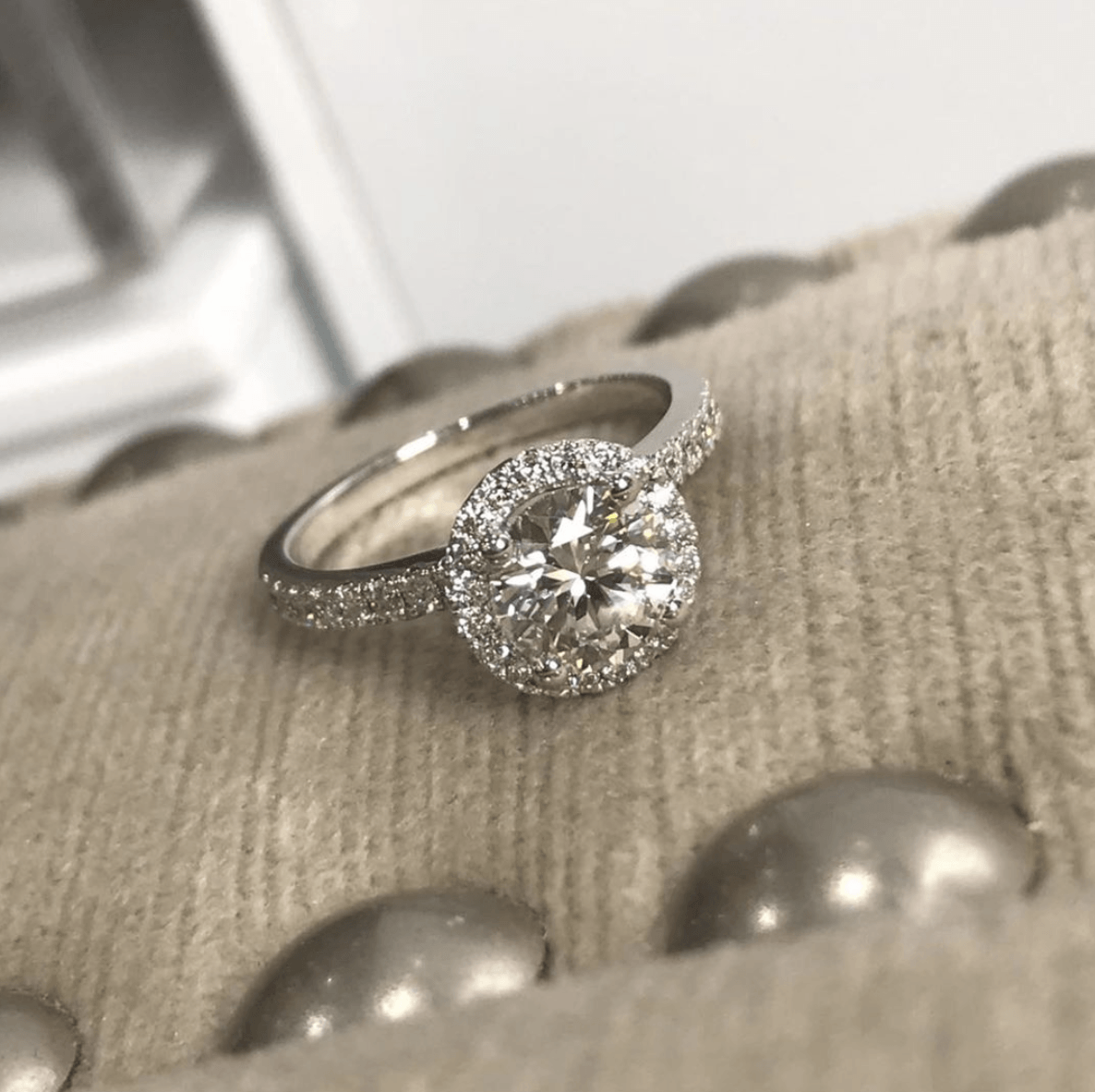 How to choose the perfect engagement ring | SayItWithDiamonds.com