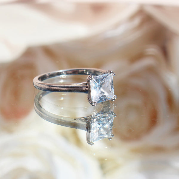 .50ct Princess Cut Plain Band - 18ct White Gold - SayItWithDiamonds.com