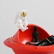 Load image into Gallery viewer, Creative Spaceman Sculpture Resin Statues Astronaut Storage Key Holder - Targen