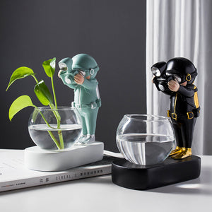 Creative Glass Vase Resin Astronaut Diver Ornaments Flower Vases