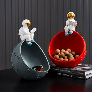 Creative Astronaut Figurine Light Luxury Style Key Storage Box - Targen