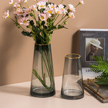 Load image into Gallery viewer, Gold Stained Transparent Flower Arrangement Glass Vase - Targen