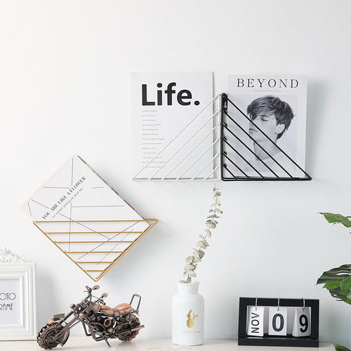 Ornaments Display Decals Strong-bearing Wall-mounted Triangle Wall Hanging Bookshelf - Targen