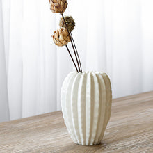 Load image into Gallery viewer, Targen Ceramic Cactus Shape Flower Vase