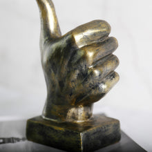 Load image into Gallery viewer, Retro Finger Statue Hand Gesture Sculpture Creative Desktop Decor - Targen