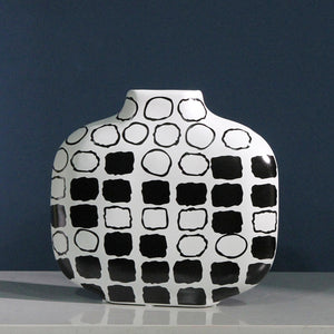 Creative Hand-drawn Embryo Matte Geometric Simple Flower Vase - Targen