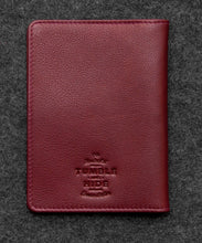 Load image into Gallery viewer, Lichfield 2306/17 Leather Passport Case