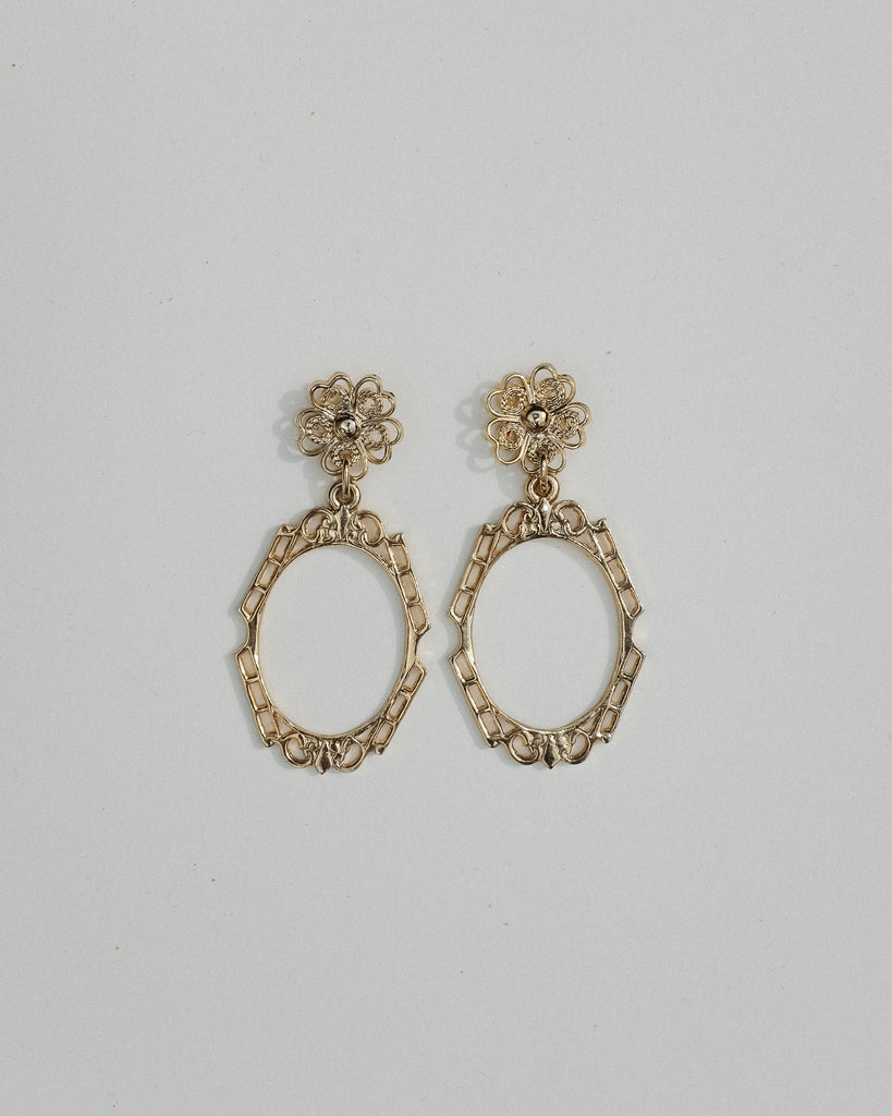 VINTAGE GOLD FLORAL EARRINGS