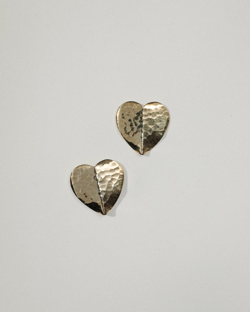 VINTAGE GOLD HAMMERED HEART BULLET CLUTCH EARRINGS