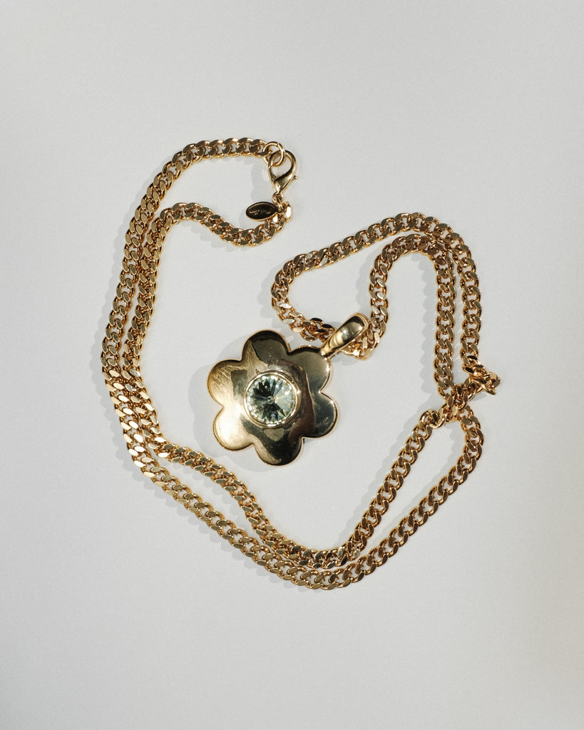 VINTAGE PARK LANE FLOWER NECKLACE