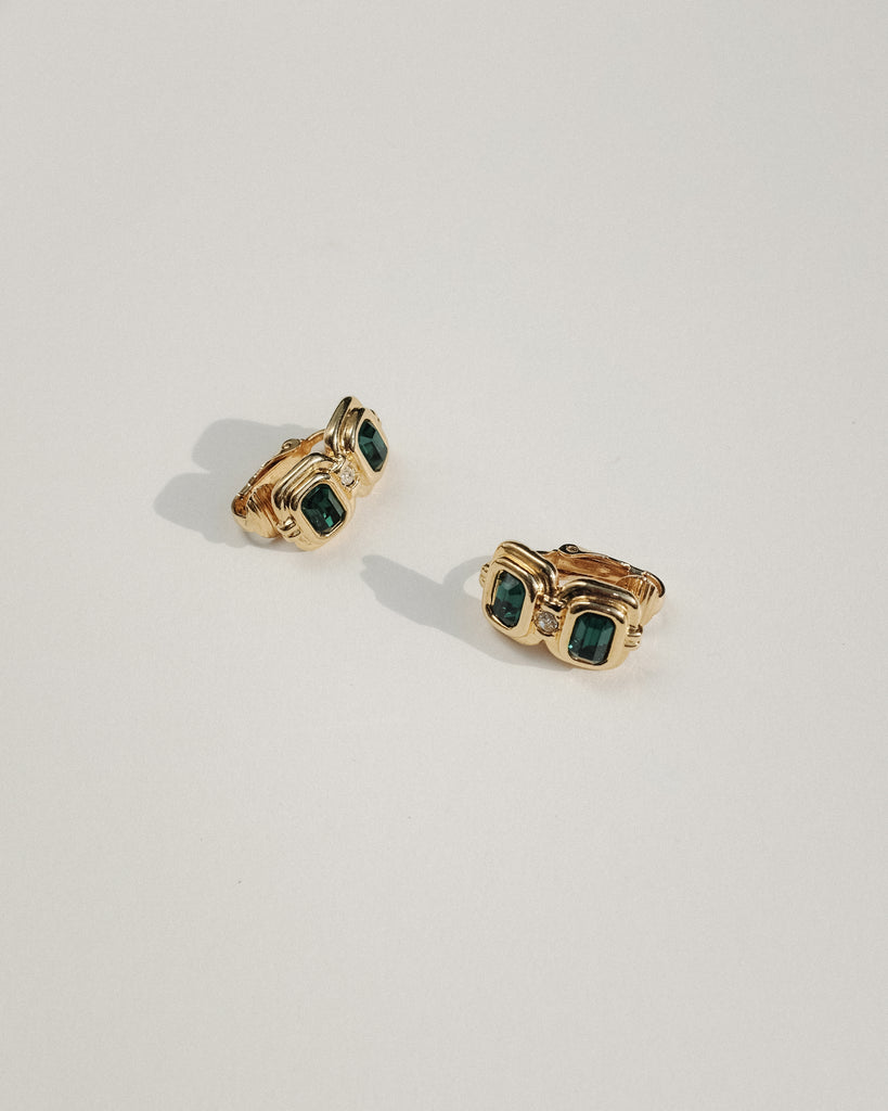 VINTAGE GOLD AND GREEN CLIP-ON EARRINGS