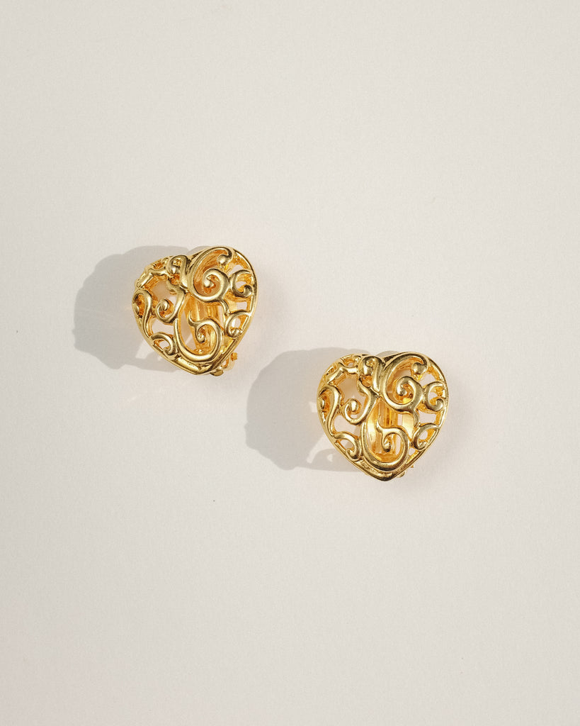 VINTAGE ANNE KLEIN GOLD HEART CLIP-ON EARRINGS