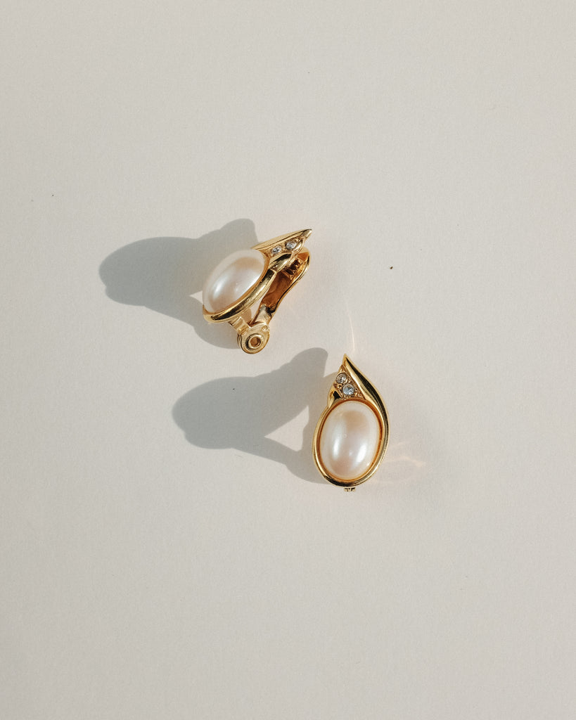 VINTAGE MONET FAUX PEARL TEARDROP CLIP-ON EARRINGS