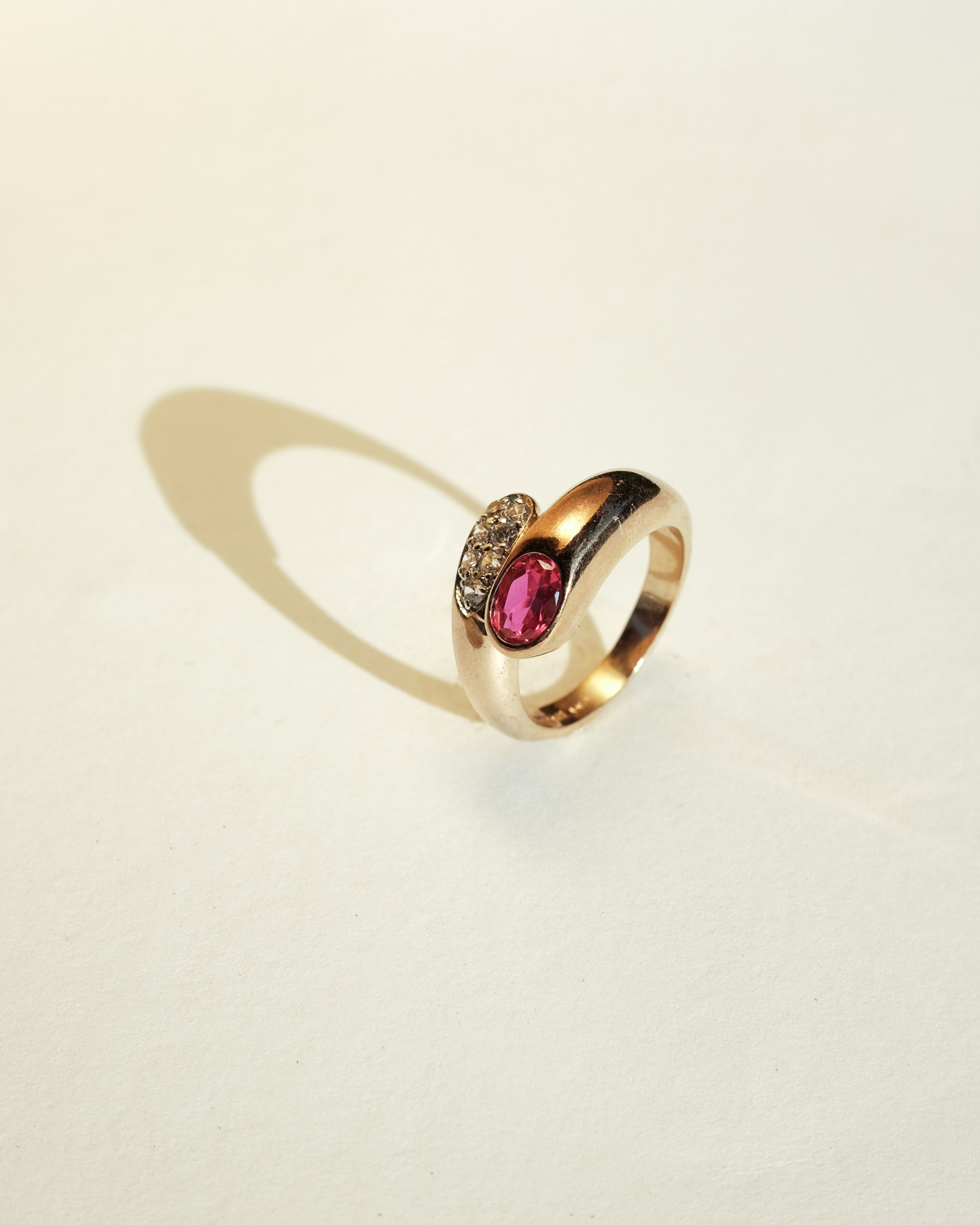 VINTAGE 14K YELLOW GOLD PLATED RING WITH CUBIC ZIRCONIA [SIZE 9]