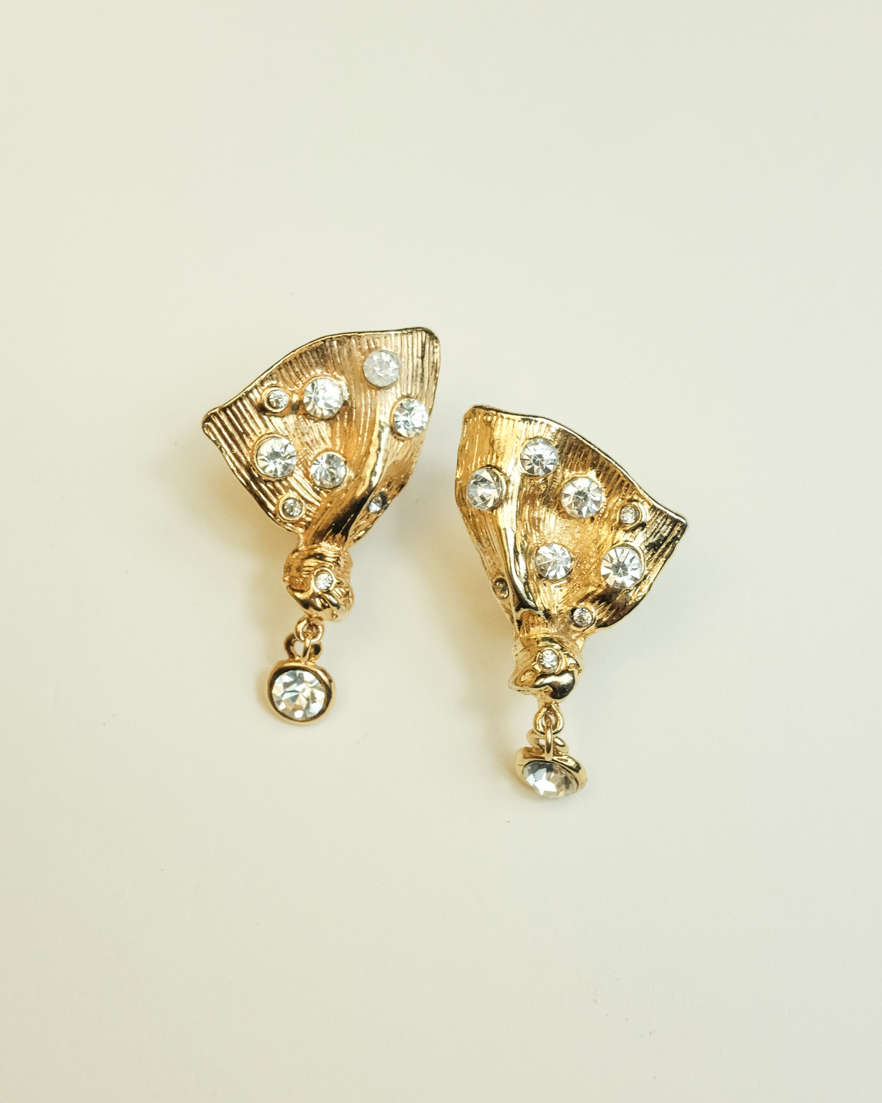 VINTAGE GOLD ABSTRACT CLIP-ON EARRINGS WITH CLEAR STONES
