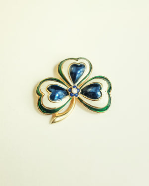VINTAGE 1960s BLUE, GREEN AND WHITE ENAMEL SHAMROCK BROOCH