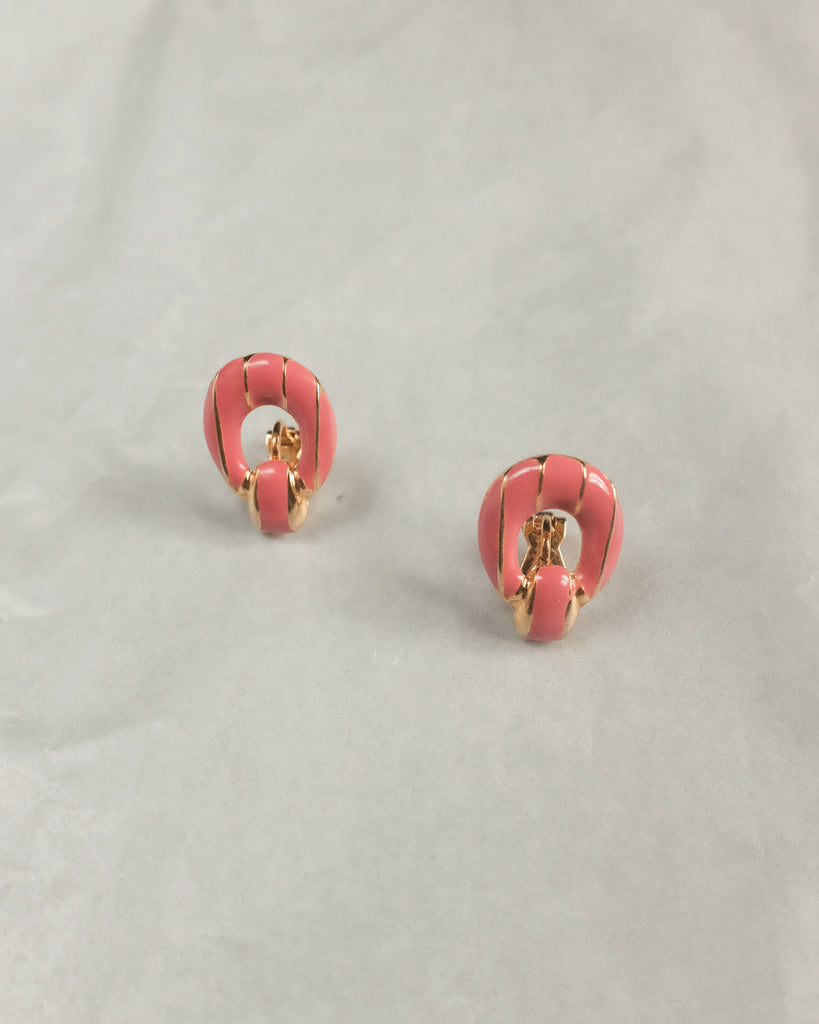 VINTAGE PINK LACQUER CLIP-ON EARRINGS