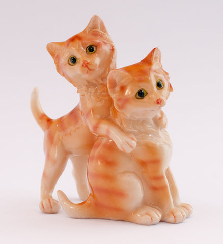 ceramic kittens playing 270