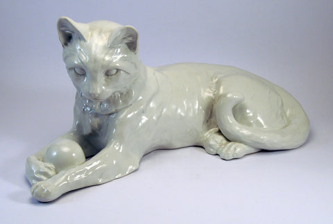 Sitzendorf white porcelain kitten playing with ball