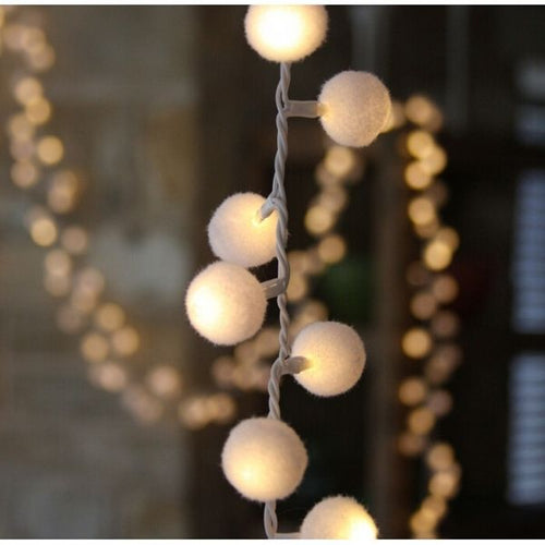 Pom Pom Light string in White - Gazebogifts