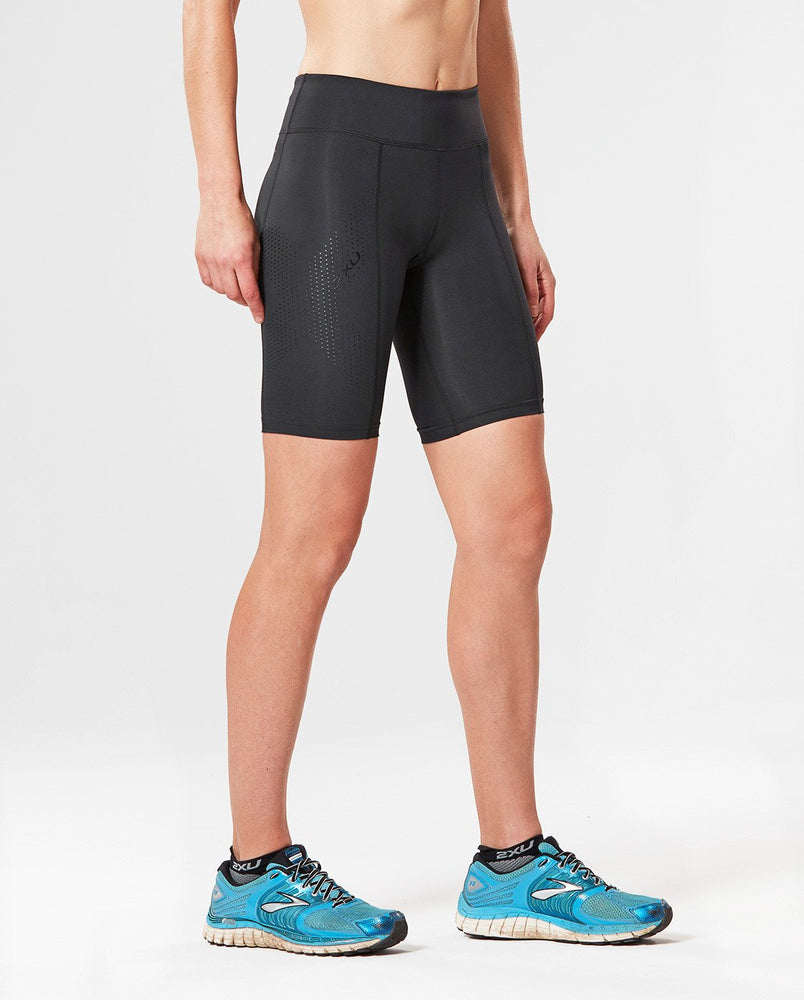 2XU WOMEN'S MID-RISE COMPRESSION SHORT-WA3027B (BLK/DBK)