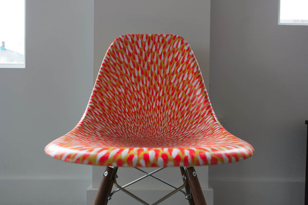NATE VAN HOOK PAINTS AN EAMES SHELL CHAIR!
