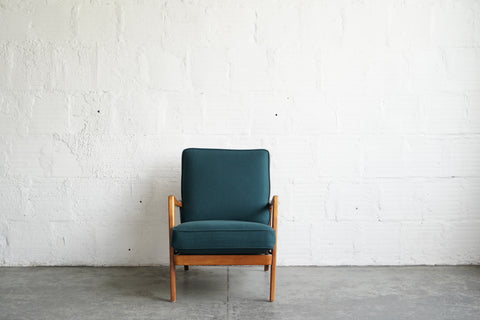 DUX Lounge Chair