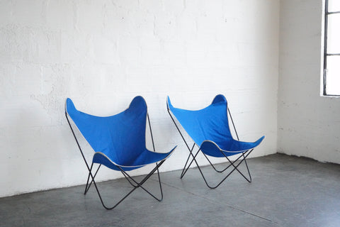 Pair of Bkf Hardoy Butterfly Chairs for Knoll in Blue Canvas