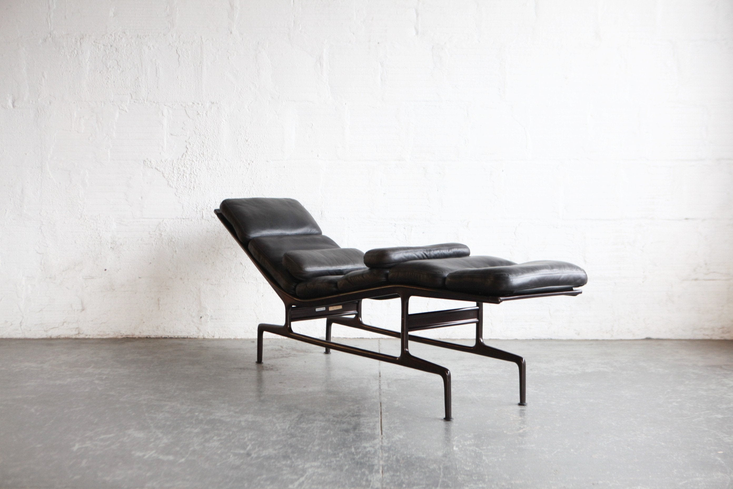 Eames Billy Wilder Chaise Lounge The Good Mod