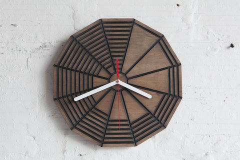 Wheel Gradient Clock