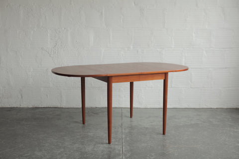 Rounded Edge Teak Dining Table