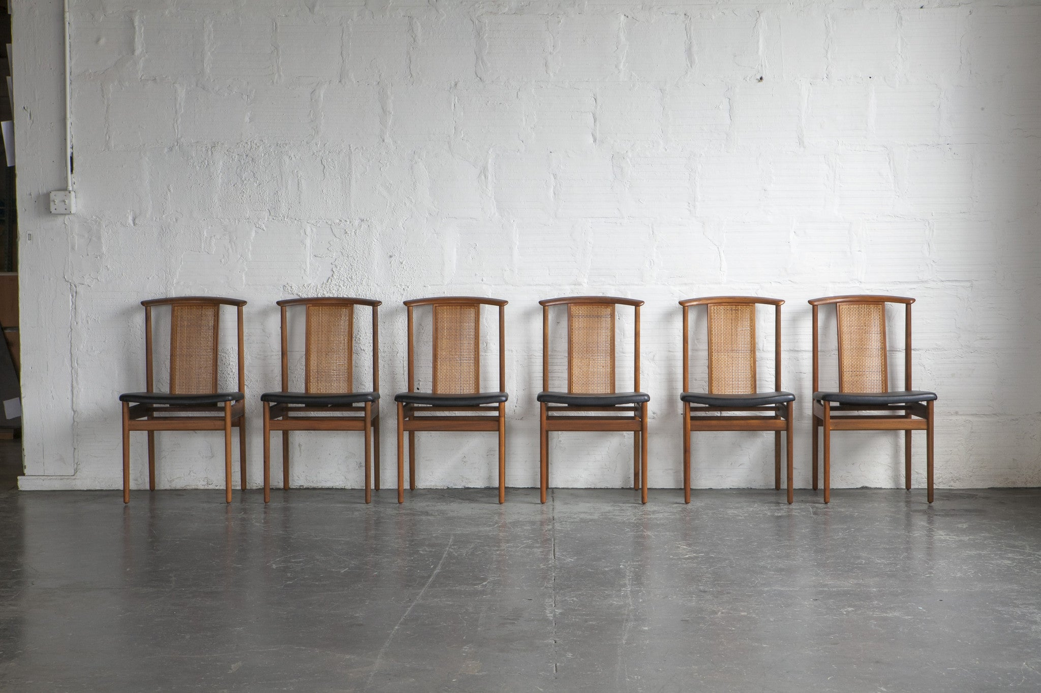 dux rattan dining chairs