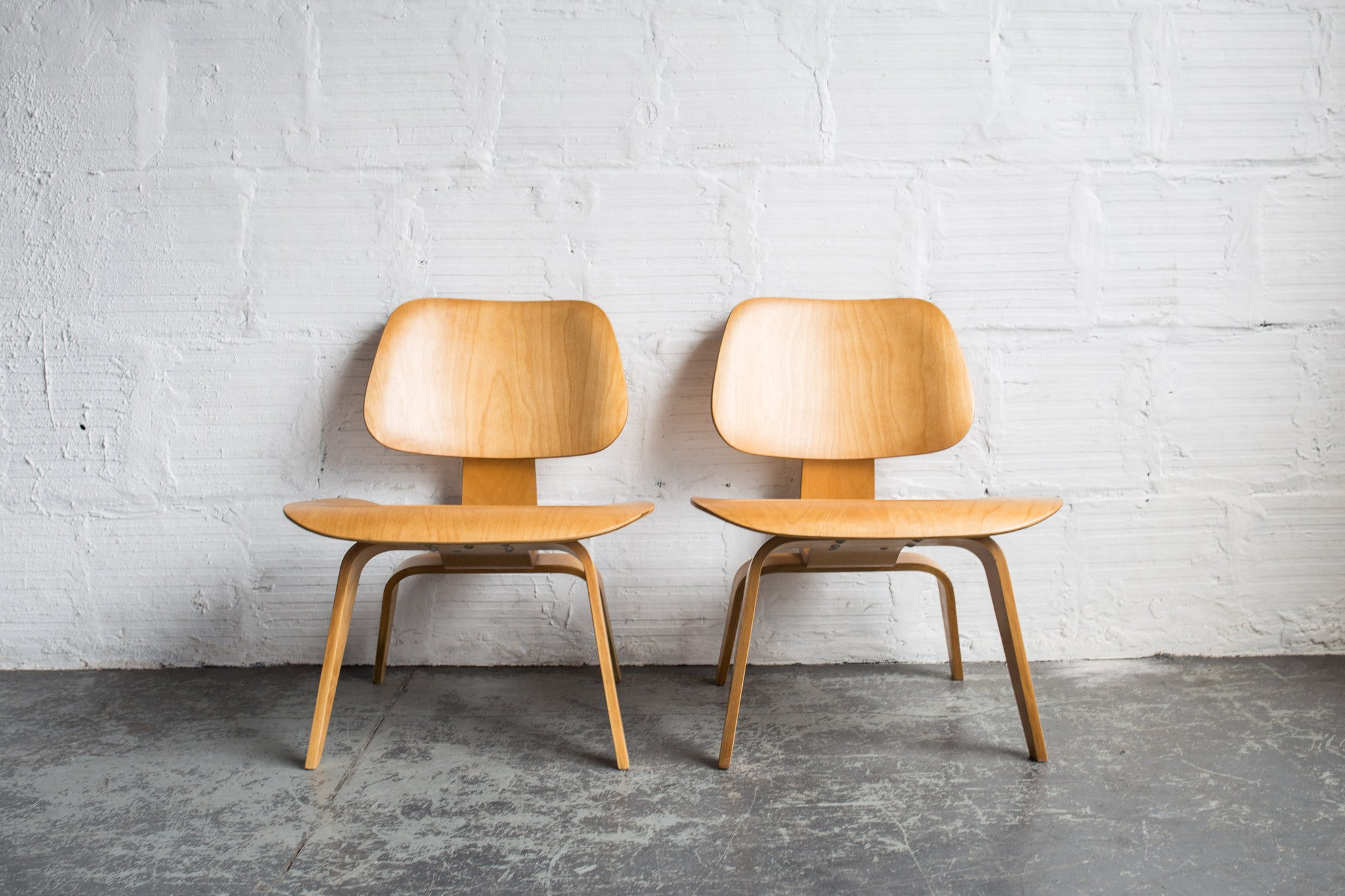 Vintage Eames LCW Chairs (1st Generation)