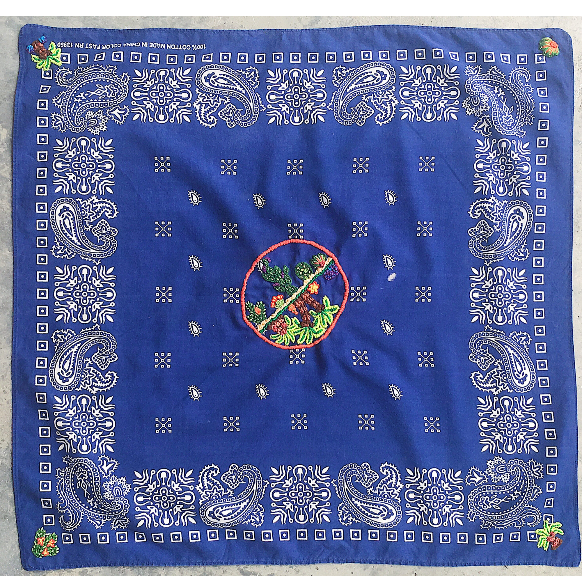~MADE TO ORDER | middle design w/ four corners bandana~