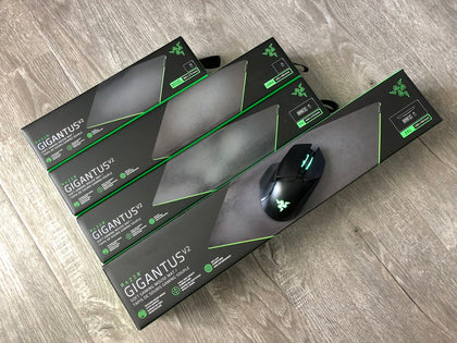 RAZER GIGANTUS V2-MEDIUM--Soft Gaming Mouse Mat  , Textured micro weave cloth surface   , Thick High Density Rubber Foam  ,  Anti Slip Rubber Base  , Medium Size (360 x 275) mm