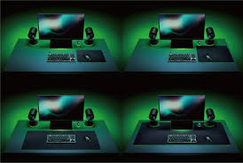 RAZER GIGANTUS V2-3XL--Soft Gaming Mouse Mat  , Textured micro weave cloth surface   , Thick High Density Rubber Foam  ,  Anti Slip Rubber Base  , 3XL (1200 X 550) MM