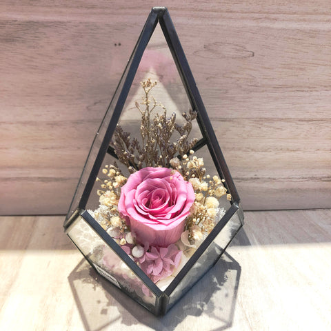Janaye Eternal Rose Preserved Rose in Teardrop Geometric Glass