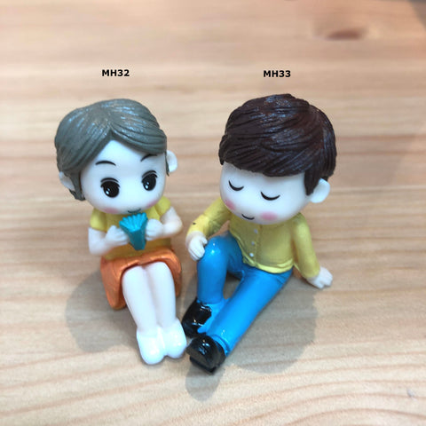 Chillax Couple Miniatures