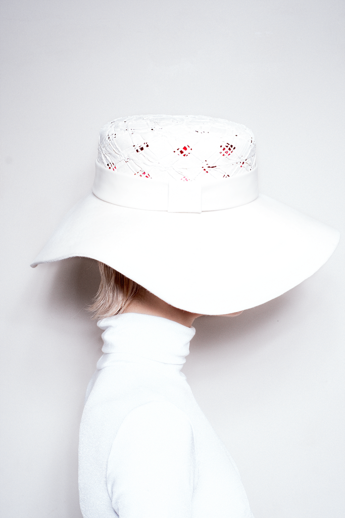 White Collection Hat 05