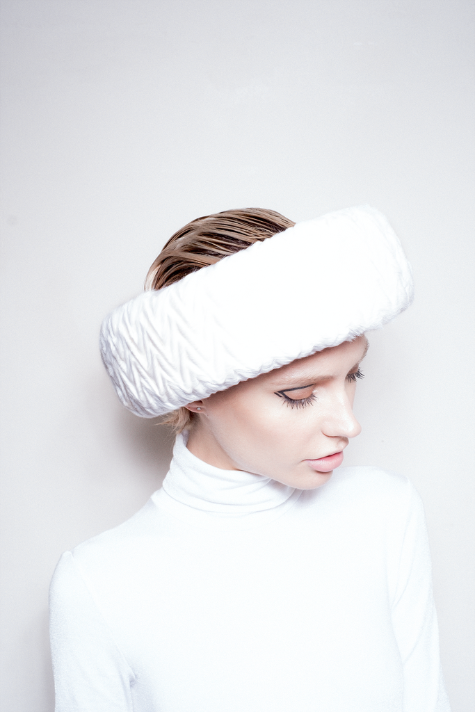 White Collection Hat 06