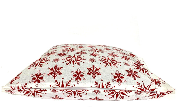 18x18 Red White Christmas Winter Snowflakes Zipper Pillow Cover