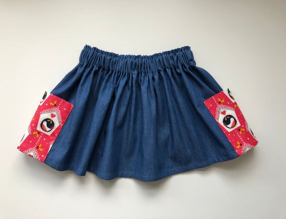 Denim Christmas print skirt with pockets