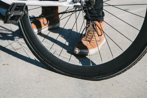 What To Carry On Bike Rides To Fix A Flat Tire 6ku Bikes
