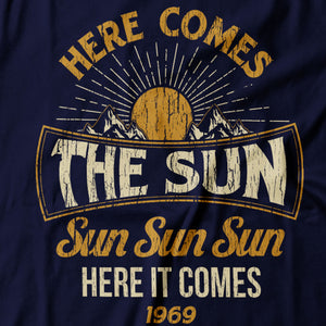 The Beatles - Here Comes The Sun - Men's T-Shirt Detail