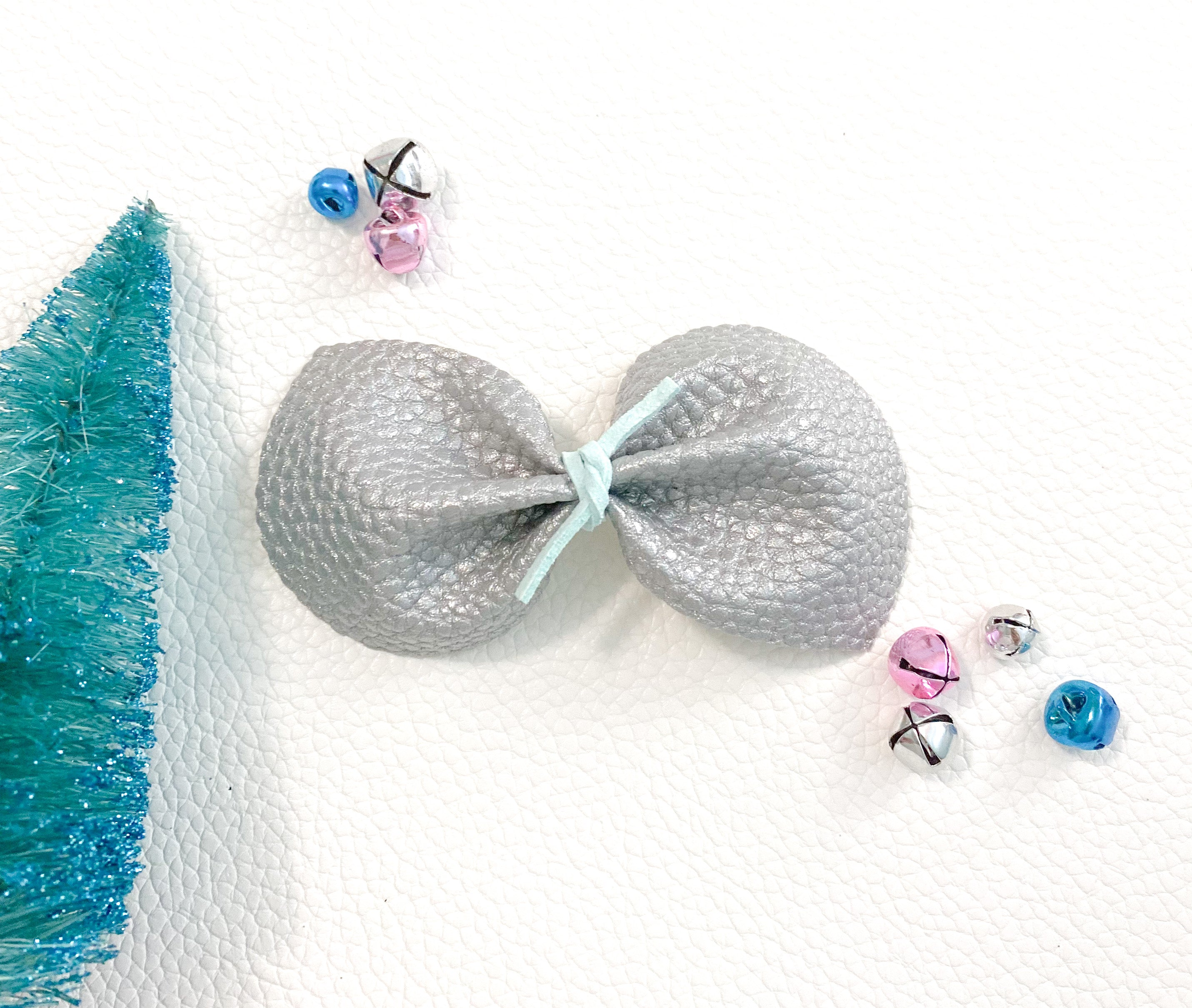 Jack Frost | Whimsy Bow