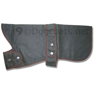 hunter barbour waxed dog coat with collar folded forwards