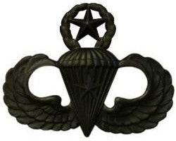 Combat Parachutists (Jump Wings) 1 Jump Master Black Metal Pin-on Badge - Insignia Depot