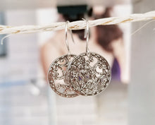 Load image into Gallery viewer, Special design symbols earring