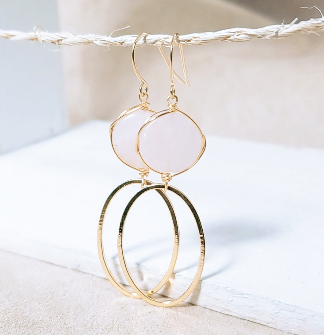 Rose quartz gold oval earring